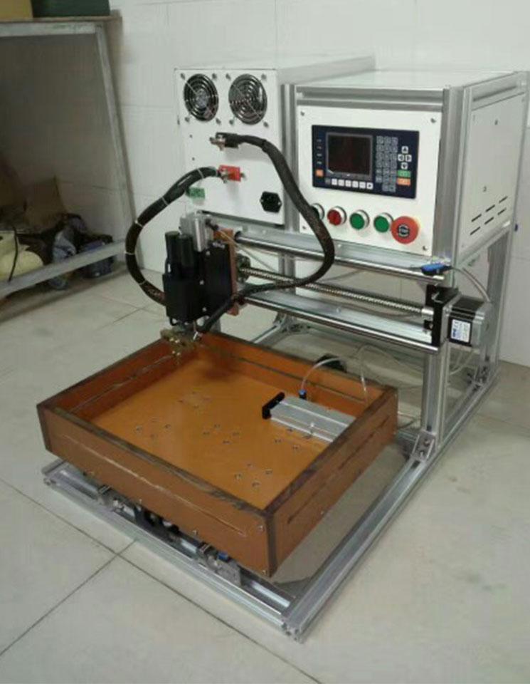 雕刻机245x320