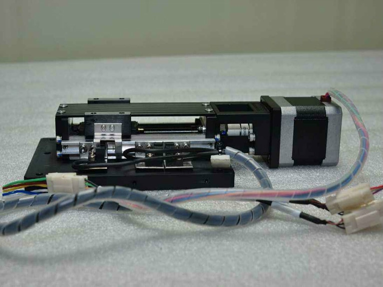 Which type of linear actuator is best for thrust forces?